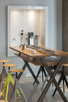 Coffecompany Oosterdok in #Amsterdam, Netherlands, with #Mosa Colors collection #tiles #modular #creative #practical