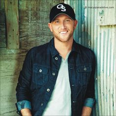 Cole Swindell - Macy's Thanksgiving Day Parade 2014