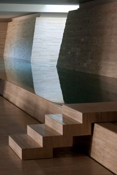 Beautiful stair detail over this elegant indoor pool by architect Stephen Jolson. Pinned to Pool Design by BASK Pool Des… – pool ideas Luxury Swimming Pools, Indoor Swimming Pools, Swimming Pool Designs, Stairs Architecture, Architecture Design, Underground Pool, Beautiful Stairs, Stair Detail, Pool Landscaping