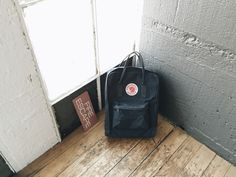 Fjallraven Kanken Classic Bag Review - Graphite