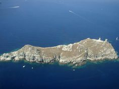 Corse Ile de la Giraglia Mount Everest, Mountains, Nature, Travel, Outdoor, Mediterranean Sea, Outdoors, Naturaleza, Viajes