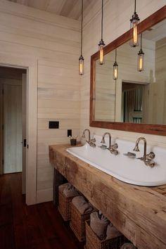 Lodge Bathroom, Rustic Bathroom Vanities, Rustic Bathrooms, Bathroom Interior, Small Bathroom, Rustic Cabin Bathroom, Log Cabin Bathrooms, Western Bathroom Decor, Rustic Bathroom Designs