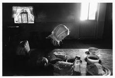 Larry Towell. MEXICO. 1992. La Batea. Zacatecas. Mennonites.