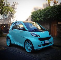 A one-of-a-kind turquoise smart. Photo via @jonasoberding #smart #smartcar