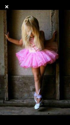 33b5f7af7c7 8 Best لطباعة images | Ballerina nursery, Ballerinas, Ballet photography