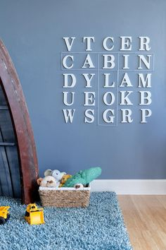 A cheerful, woodsy retreat located on the second floor features earthy colors and whimsical, kid-friendly decor. >> http://www.diynetwork.com/blog-cabin/2016/kids-bedroom-pictures-from-diy-network-blog-cabin-2016-pictures?soc=pinterest