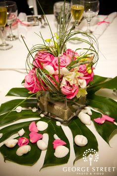 Tropical Centerpieces - Perhaps gold sprayed palmetto for centerpiece charger? Pineapple Centerpiece, Tropical Centerpieces, Beach Wedding Centerpieces, Reception Decorations, Table Centerpieces, Wedding Table, Table Decorations, Centrepieces, Centerpiece Ideas