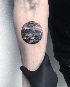 #minimaltattoo #miniaturetattoo #tiny #detailtattoo #blacktattoo #balivolcano #ink #inked