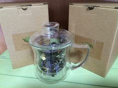 Enjoy your favourite loose leaf tea in this glass cup with infuser. Made from heat resistant borosilicate glass, the lid can be used to hold the strainer after steeping. Easy to use in the office or home and an ideal gift for any tea lover   Loose Leaf Tea, Hot Chocolate, Canning, Glass, Crockpot Hot Chocolate, Drinkware, Home Canning, Hot Fudge, Conservation