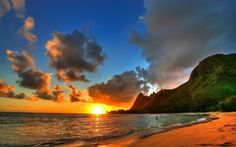 Free hawaii sunset wallpaper for iphone â« long wallpapers hawaii beach pictures hawaii beaches Beach Sunset Wallpaper, Nature Wallpaper, Hd Wallpaper, Nice Wallpapers, Iphone Wallpapers, Summer Sunset, Sunset Beach, Hawaii Beach, Kauai Hawaii