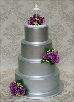 Daily Wedding Inspiration: Silver Wedding Cake By Weddings, inspirations and other pretty things