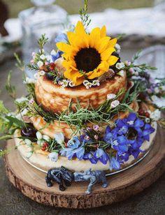 Naked cake decorated with fresh flowers, Boho wedding cake, Outdoor wedding ideas Camp Wedding, Tent Wedding, Boho Wedding, Rustic Wedding, Wedding Music, Dream Wedding, Boho Bride, Spring Wedding, Summer Weddings