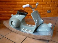 Rocking italian scooter deluxe van TheatronItalianArt op Etsy, $2300.00