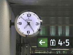 Reloj Festina - Bodet estación de Ciudad Real, España.