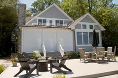 Our Virginia Dealer, Christine Shepard, worked with the homeowner's builder to install our shades on this oceanfront home. When lowered the lighter Sunbrella® Fabrics give the wonderful feel of a Japanese tea house.