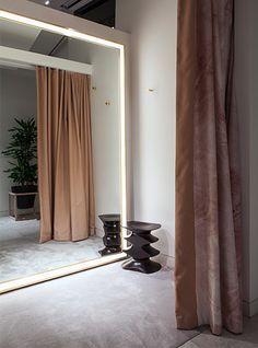 Nulty - Selfridges Designer Studio, London - Luxury Department Store Changing Rooms Illuminated Mirror