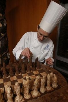 Dark and white chocolate chess.   21 Life-Size Edible Objects Made Out Of Chocolate