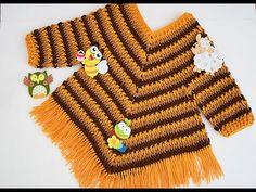 Poncho con mangas a crochet para niña muy fácil Majovel Crochet Poncho Patterns, Crochet Coat, Crochet Stitches, Crochet Girls, Crochet Baby Clothes, Crochet For Kids, Crochet Ideas, Poncho With Sleeves, Girls Poncho