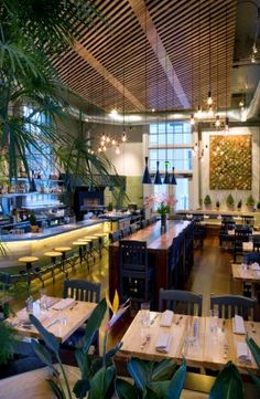 This is a very well maintained restaurant! Love the touch of green to make it look fresh … - Architecture Design Ideas