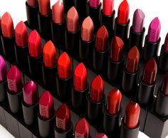 How to Apply Lipstick Evenly Tips Tricks 2018 The Makeup List Nars Audacious Lipstick, Lipstick Dupes, Lipsticks, Makeup List, Easy Makeup, Beauty Salon Interior, Skin Clinic, How To Apply Lipstick, Dry Lips
