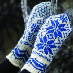 Rosevotter pattern by Hillesvåg Ull Design Team Mittens Pattern, Knit Mittens, Mitten Gloves, Fair Isle Knitting, Free Knitting, Knitting Patterns, Drops Design, Big Knit Blanket, Jumbo Yarn