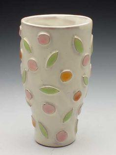 Kari Radasch Ceramic Cups, Ceramic Art, Ceramic Decor, Ceramic Design, Throwing Clay, Pottery Techniques, Pottery Vase, Sculpture Clay, Garden Pots