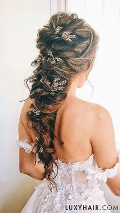 Bridal Hairstyles: Ombre Chestnut Luxy Hair Extensions – My CMS Hairdo Wedding, Elegant Wedding Hair, Wedding Hair Down, Wedding Hair And Makeup, Bride Hairstyles, Down Hairstyles, Trendy Hairstyles, Wedding Hairstyles For Curly Hair, Modern Haircuts