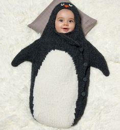 Modèle nid d'ange pingouin layette Le rêve !!! Trop envie d'en faire un ( bébé et nid d'ange !!!)
