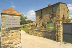 2 Bedroom Guest house in Polcanto to rent from £484 pw. With TV.