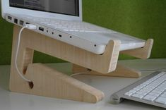 Bamboo Laptop Stand from Green Tuna Design. www.greentunadesign.be