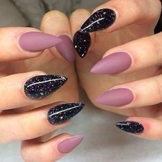 Pointy cute nails #PopularNailShapes