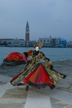 Dancing at the Venice Carnival ~. PHiLeAs_59  2009 Flickr.