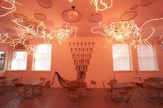 Gandalf Gavan's art #neon #installation #pink #light