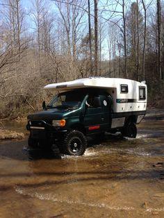 Adventure camper Pop Up Truck Campers, Rv Truck, Truck Camping, Van Camping, Camper Trailers, Camper Van, Trucks, Slide In Camper, Off Road Camper