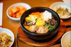 Bibimbap : Un plat traditionnel coréen réalisé avec du riz