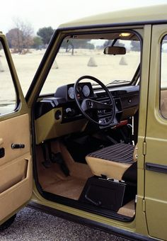 Interior Mercedes-Benz 280 GE LWB (W460) '1979–90
