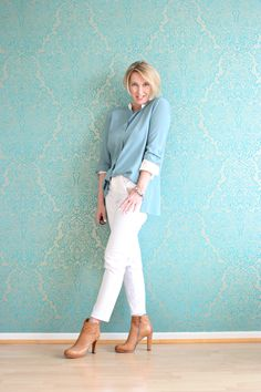 A fashion blog for women over 40 and mature women Blouse: Dorothee Schumacher Pants NYDJ http://glamupyourlifestyle.blogspot.de/