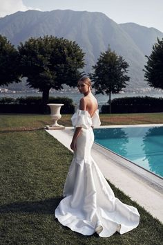 Explore the 2020 'Lago Di Como' Bridal Collection by Melbourne bridal brand Mariana Hardwick photographed at Lake Como, Italy full of contemporary couture bridal dresses Dream Wedding Dresses, Bridal Dresses, Wedding Dress Brands, My Big Fat Gypsy Wedding, Italy Wedding, Bridal Collection, Bridal Style, Mariana Hardwick, Perfect Wedding