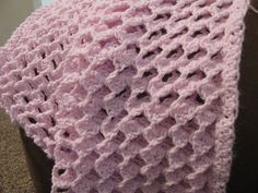 Crocheters: Free Pattern Looking for a new and interesting stitch? Yes, I am. I really want to try this one. Thank You!!