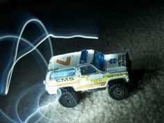 hotwheels and long exposures. so cool :)