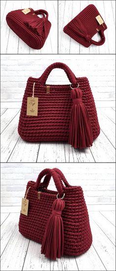 Cute Designs of Crochet Artwork for Home Knit Wear 2020 Crochet Market Bag, Crochet Tote, Crochet Handbags, Crochet Purses, Crochet Yarn, Crochet Purse Patterns, Handbag Patterns, Doll Patterns, Crochet Shell Stitch
