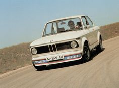 BMW 2002 Turbo, I love how the Turbo 2002 was painted backwards. Vintage Sports Cars, Cool Sports Cars, Vintage Cars, Bmw 2002 Turbo, Chevy Ss Sedan, E36 Coupe, Honda Crx, Reliable Cars, Bmw Classic Cars