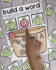 FREE Printable Phonics Game Build a Word - Short A CVC First Grade
