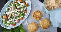 Disse selleribøffer er et godt vegetarisk alternativ til den almindelige hakkebøf. De gør sig både godt i en burgerbolle eller med en lækker salat til.