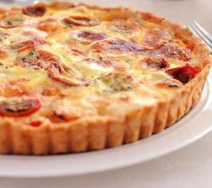 Mustard Tuna Tomato Tart with Thermomix - Easy Recipe - - - Tarte thon tomate moutarde au thermomix – Recette facile Mustard tuna tomato tart with thermomix Thermomix Bread, Thermomix Desserts, Quiches, Crockpot Recipes For Two, Tomato Pie, Breakfast Quiche, Bread Cake, Light Recipes, Food And Drink