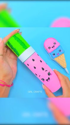 Diy Crafts For Girls, Diy Crafts To Do, Diy Crafts Hacks, Diy For Kids, Diys, Rainbow Waffles, Pinterest Diy Crafts, Paper Crafts Magazine, Dinosaur Crafts