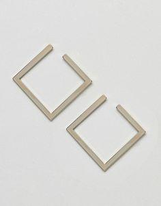 Limited Edition - Elegante Ohrstecker mit offenem, quadratischem Design - Gold Jetzt bestellen unter: https://mode.ladendirekt.de/damen/schmuck/ohrringe/ohrstecker/?uid=1011b782-3a05-5977-a60b-811c9bd3e5ab&utm_source=pinterest&utm_medium=pin&utm_campaign=boards #schmuck #ohrringe #ohrstecker #uhren #female Bild Quelle: asos.de