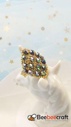 Earring Making Supplies, Jewelry Making Beads, Diy Jewelry Videos, Jewelry Crafts, Jewelry Patterns, Beaded Bracelet Patterns, Diy Fashion Accessories, Jewelry Design Earrings, Handmade Beaded Jewelry