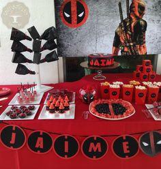 Mesas de Dulces - tamarindo-co.simplesite.com Thomas Birthday Parties, Hubby Birthday, 9th Birthday, Deadpool Theme, Dead Pool, Minion Party, Birthday Party Decorations, 20s Party, Red Birthday Party