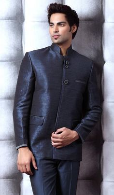 Decent Look Jodhpuri Suit. Item code: TSJ4024 https://twitter.com/bharatplaza_in  https://www.facebook.com/bharatplazaindianbridal